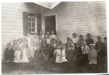 Pleasant Valley Students 1914
